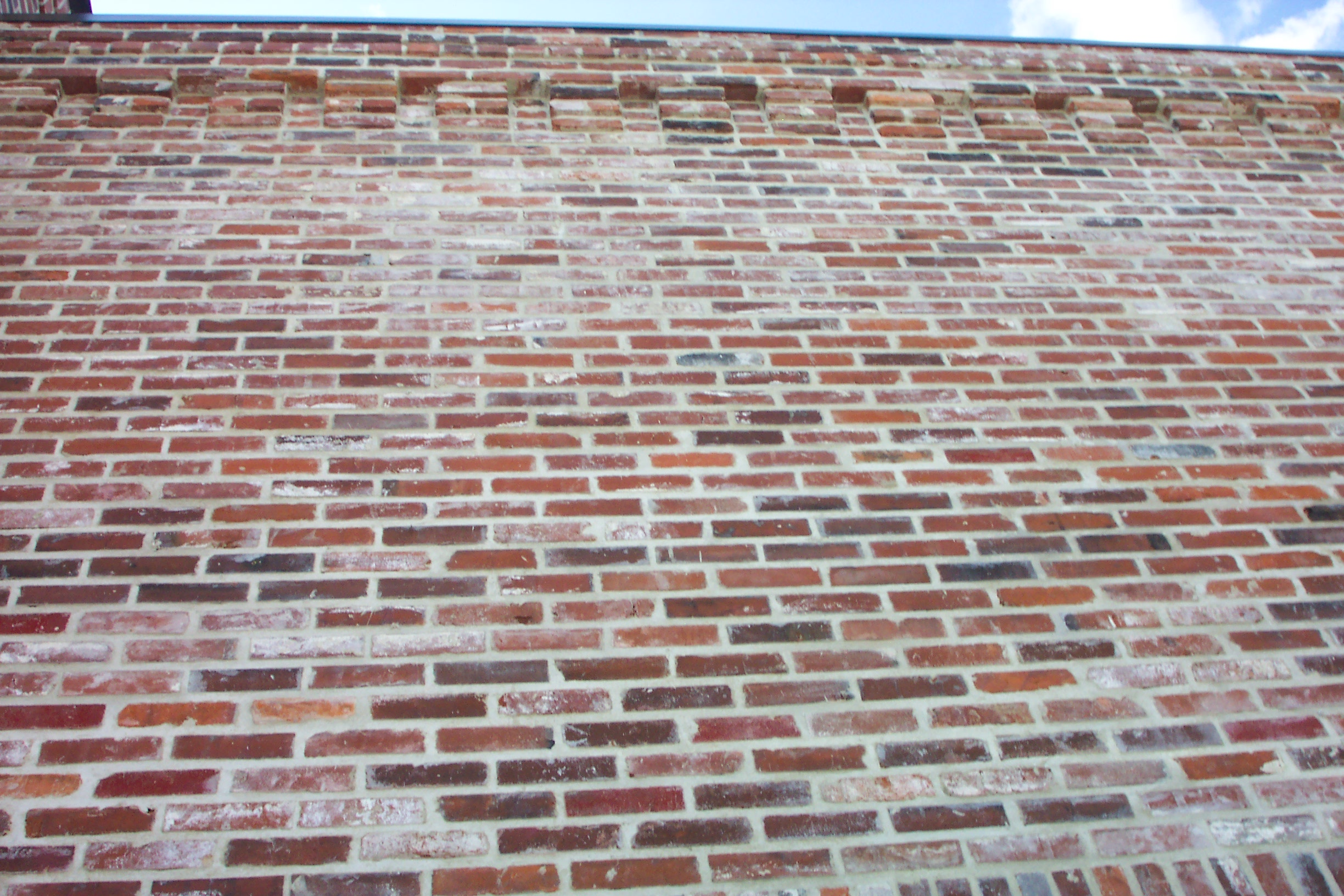 Antique brick gallery suppliers of rare antique brick for Uses for old bricks